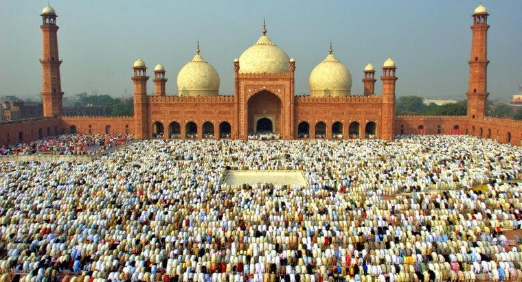 muslims-celebrate-eid-ul-fitr