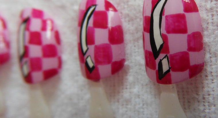 nail-glue-off-skin
