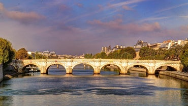 What Is the Name of the River That Runs Through Paris?