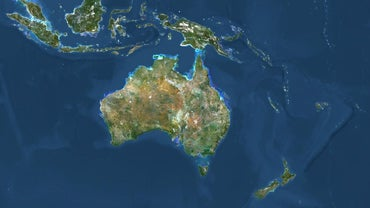 Where Is New Zealand Located Relative to Australia on a Map?