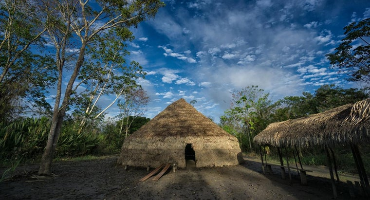 notable-native-american-longhouses