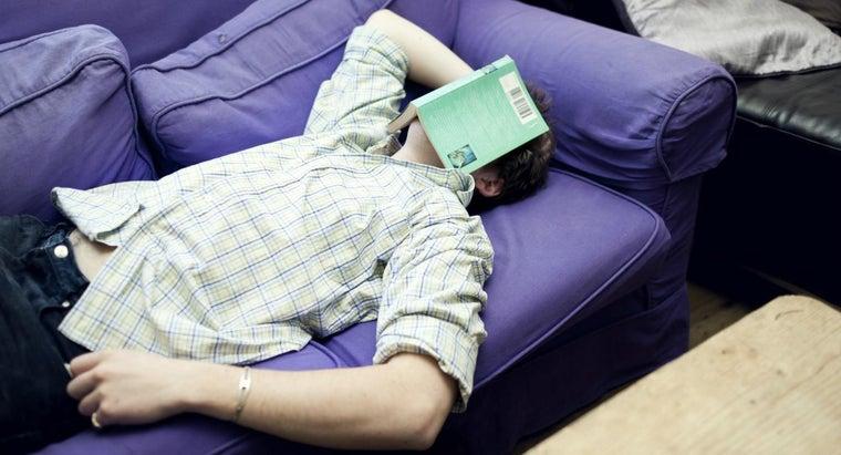 people-fall-asleep-reading
