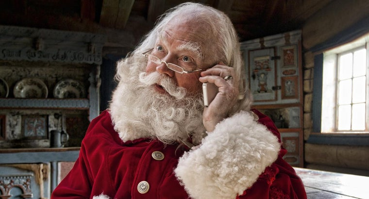 number-lets-children-call-text-santa-charge
