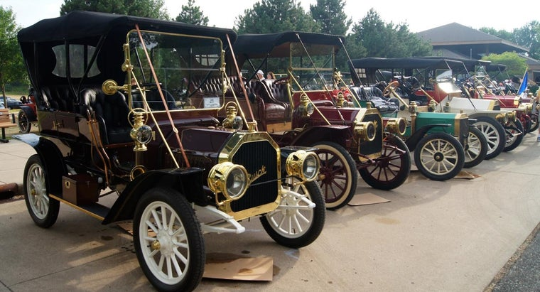 old-car-before-considered-antique-car
