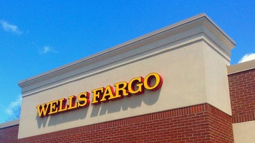 How Do You Open a Wells Fargo Checking Account?