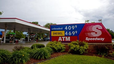 Who Owns Speedway Gas Stations?