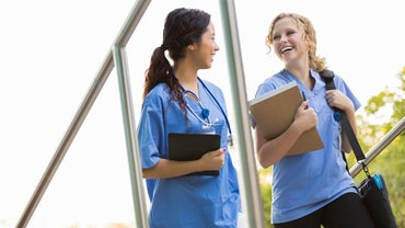 How Do You Answer Questions at a Nursing School Entrance Interview?