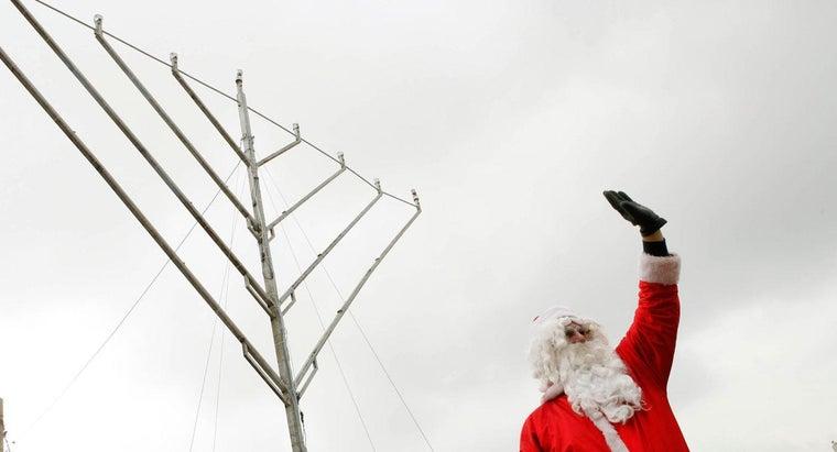 difference-between-hanukkah-christmas