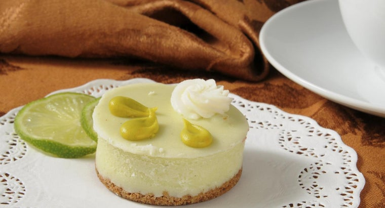paula-deen-s-recipe-key-lime-cake