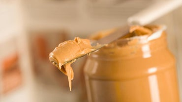 Why Is Peanut Butter a Good Snack for a Diabetic?