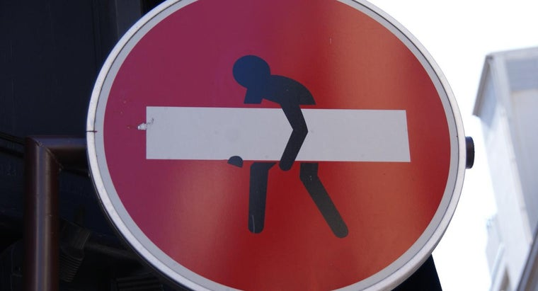 penalty-stealing-street-sign