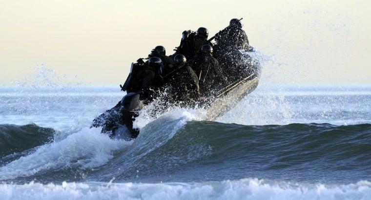 people-enlist-navy-paid