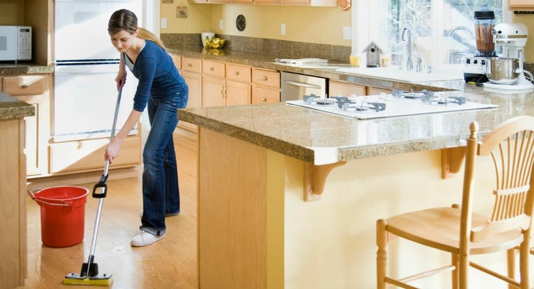 pine-sol-safe-use-wood-flooring