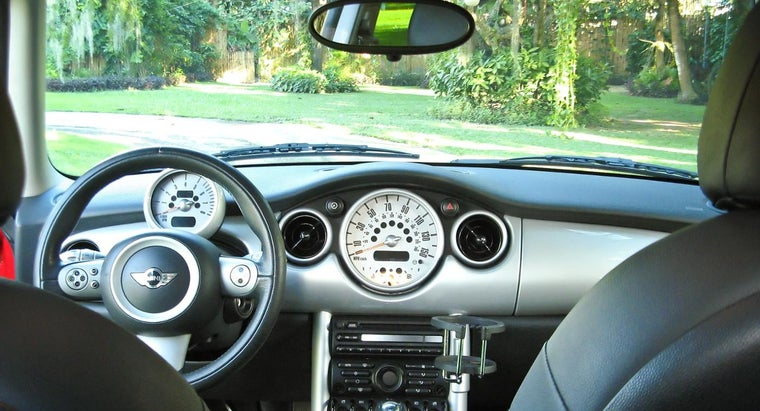 possible-reasons-car-s-cd-player-working