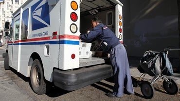 Are Postal Workers Federal Employees?