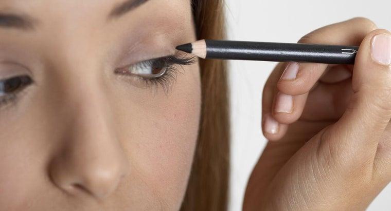 prevent-smearing-eyeliner