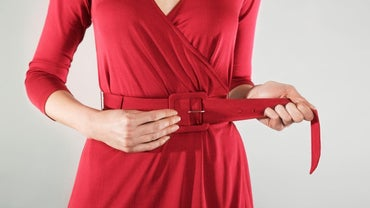 What Is the Proper Way to Wear a Belt for Women?