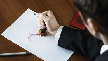 What Is a Public Notary?