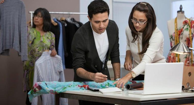 qualifications-fashion-designer