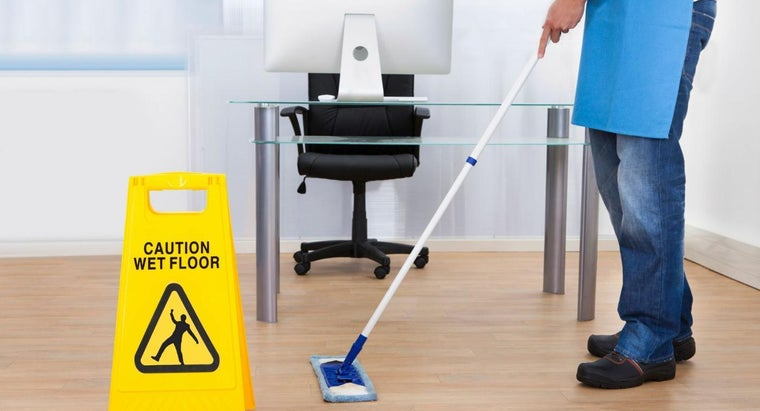 qualifications-needed-apply-office-cleaning-jobs