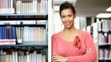 What Are the Qualities of a Good Librarian?