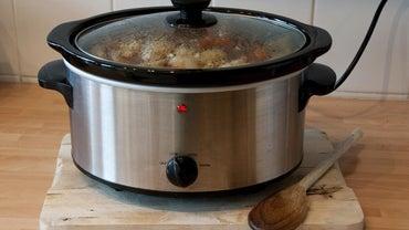What Is a Recipe for Crock-Pot Breakfast Casserole?
