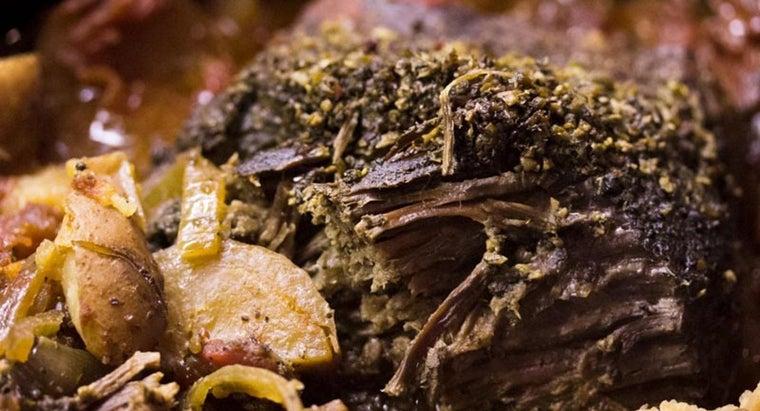 recipe-making-pot-roast-onion-soup-mix