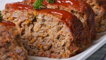What Is a Recipe for Old-Fashioned Meatloaf?