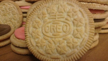 What Are Some Recipes That Use Oreo Cookies?
