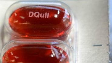 What Is the Recommended Adult Dosage of DayQuil Cold & Flu Medicine?