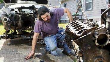 How Do You Remove a Car Engine?