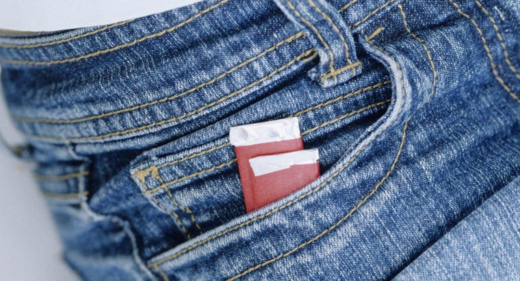remove-chewing-gum-jeans