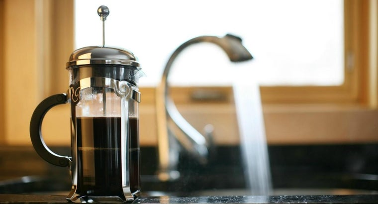 remove-coffee-stains-stainless-steel-sink