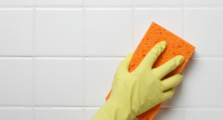 remove-pink-mildew-stains