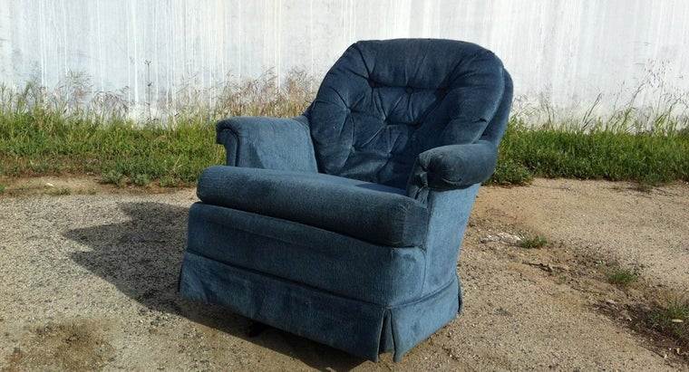 remove-water-stains-fabric-chair