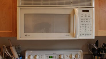 How Do You Repair a GE Microwave?