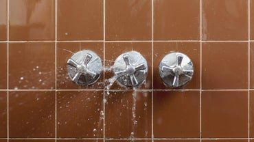 How Do You Repair a Leaky Shower Faucet?