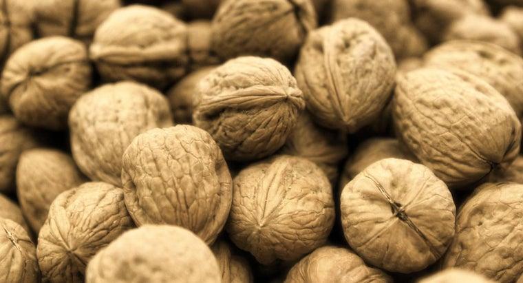 roast-walnuts-shells