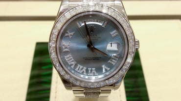 Do Rolex Watches Have Batteries?