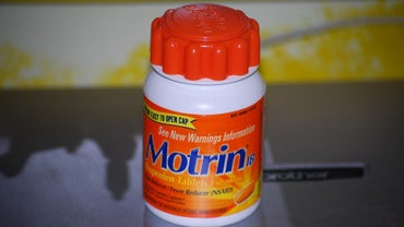 What's the Difference Between Advil and Motrin?