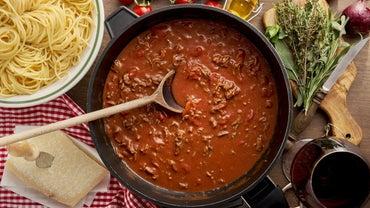 What's an Easy Recipe for Italian Spaghetti Sauce?