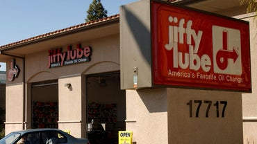 What's Included in the $19.99 Oil Change at Jiffy Lube?