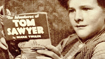 """What Is a Short Summary of """"The Adventures of Tom Sawyer""""?"""