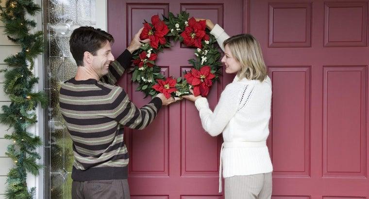 should-hang-wreath-front-door