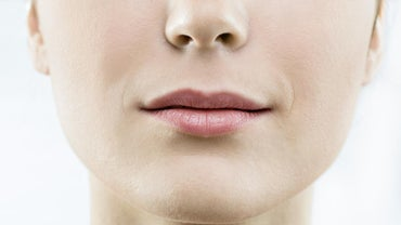 How Should I Treat a Burned Lip?