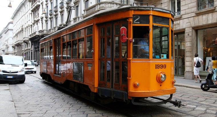 side-trolley-pass-driving