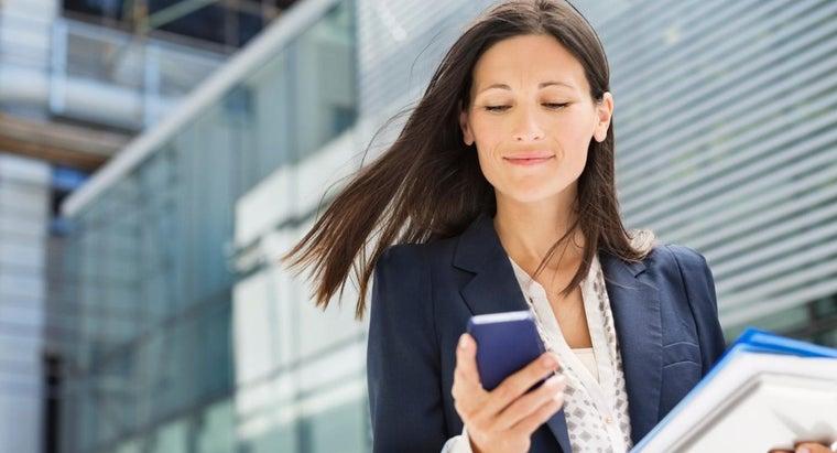 smart-casual-attire-women