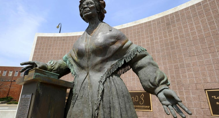 sojourner-truth-s-poem-ain-t-woman