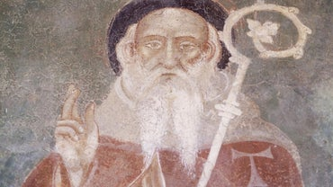 What Are Some St. Anthony Prayers?
