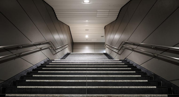 stair-railing-height-code